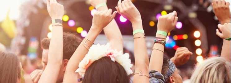 Top Tips To Avoid Online Ticket Scams This Summer